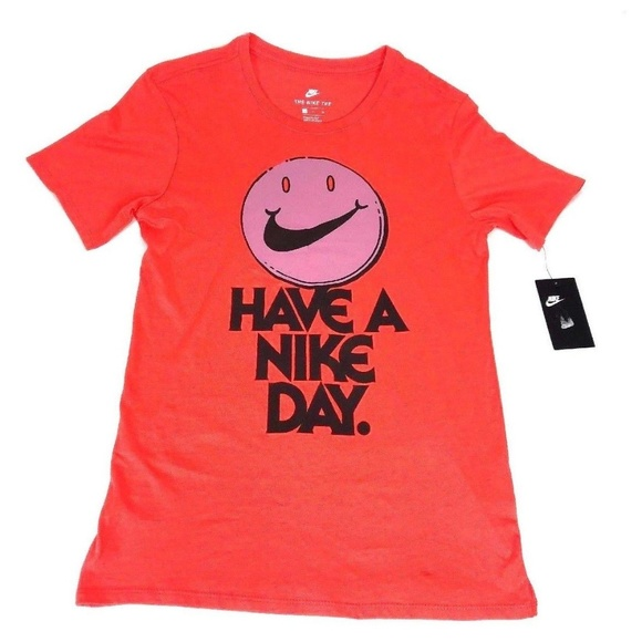 sale retailer 92f50 7fde5 Nike Mens T-Shirt Small